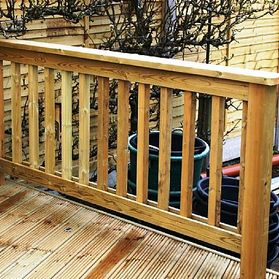 heavy duty handrail system for decking